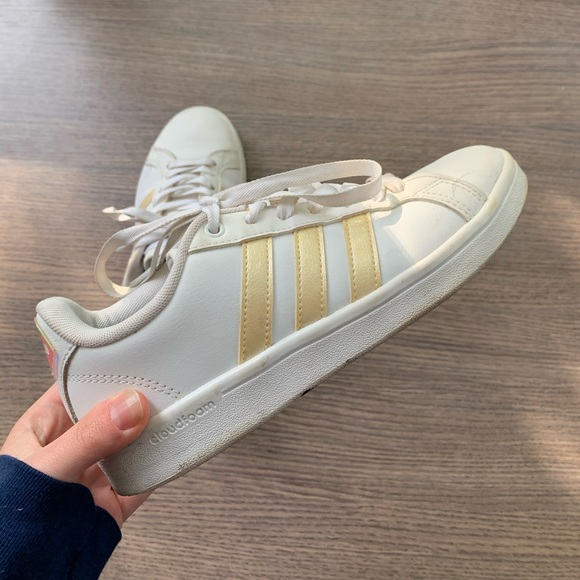 adidas Shoes   Superstar Gold Stripe